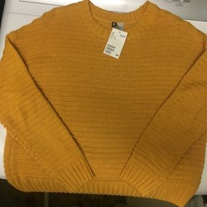 NWT H&M Mustard colored sweater